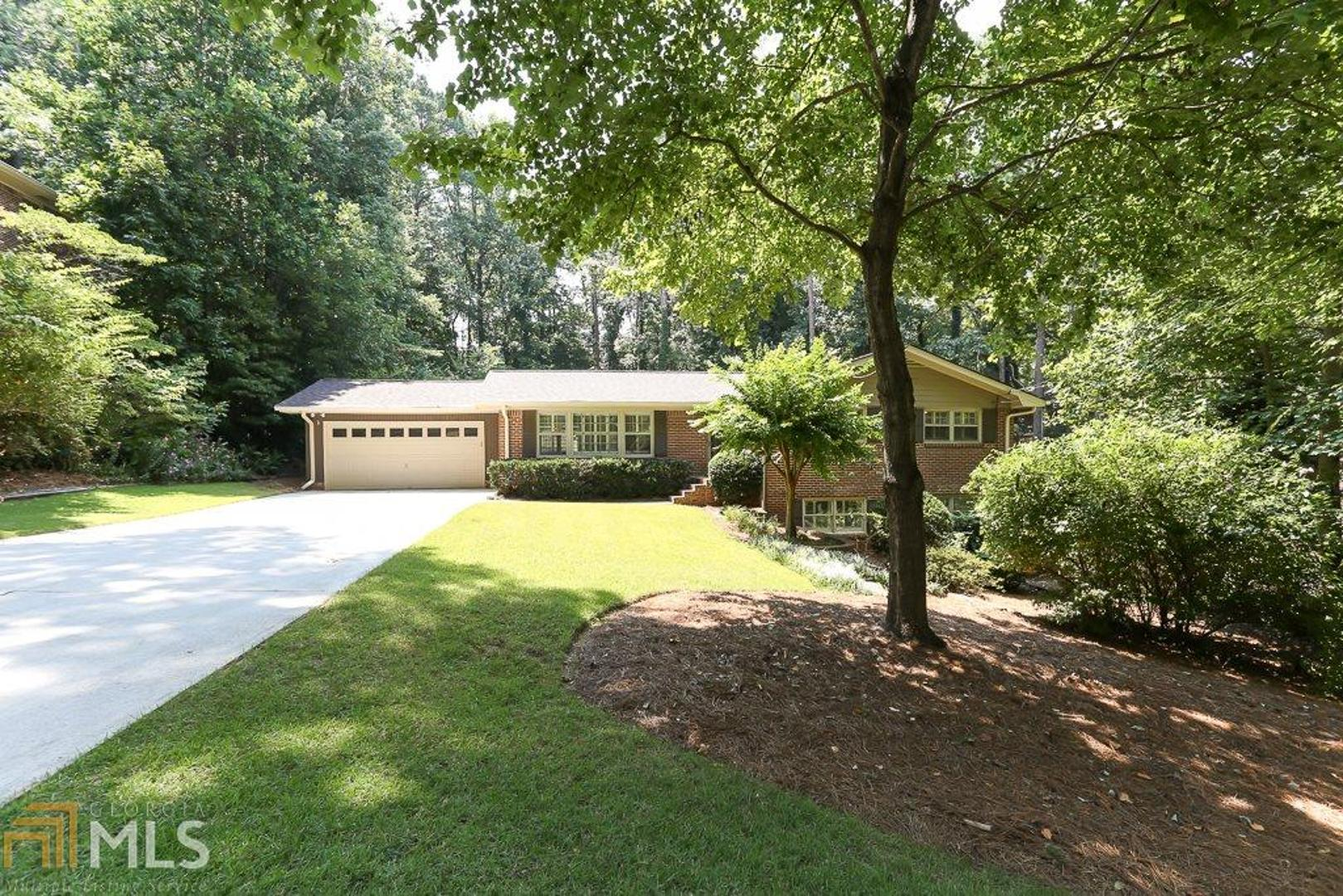 View Slide 0 for listing 8632065