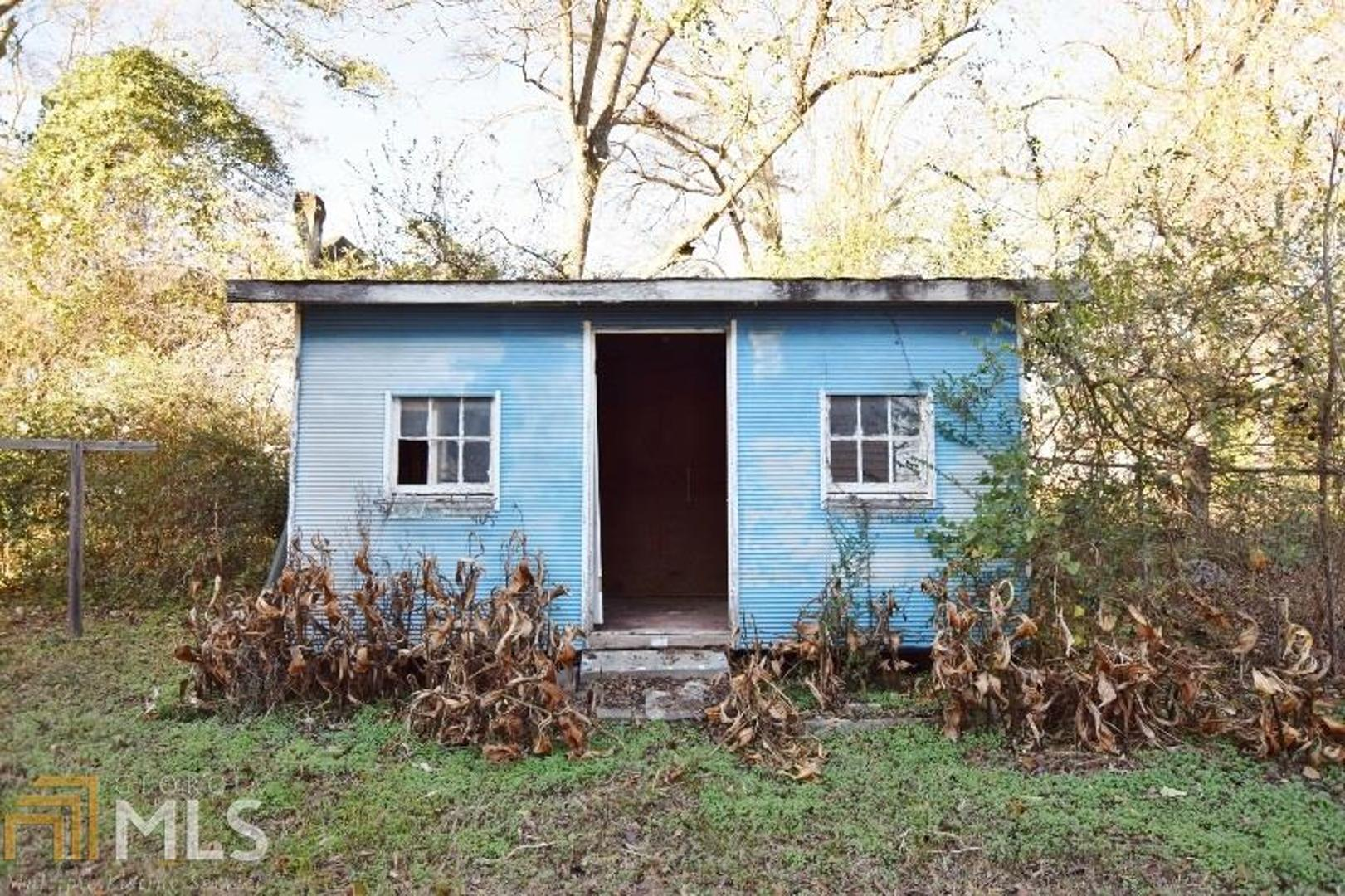 Photo of home for sale at 25 Georgia E, Comer GA