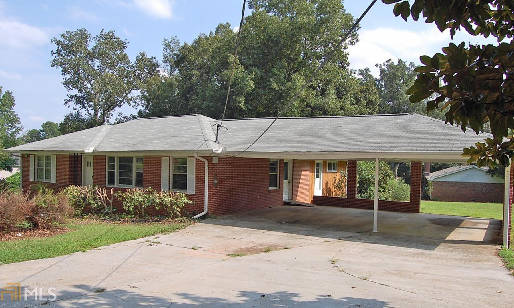 View Slide 0 for listing 8444435