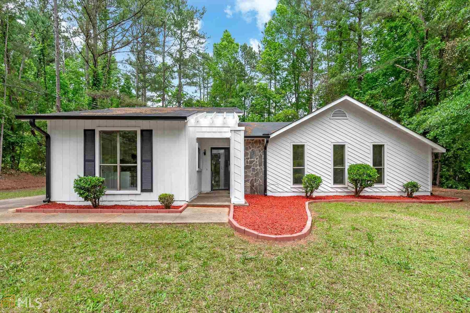 View Slide 0 for listing 8792016
