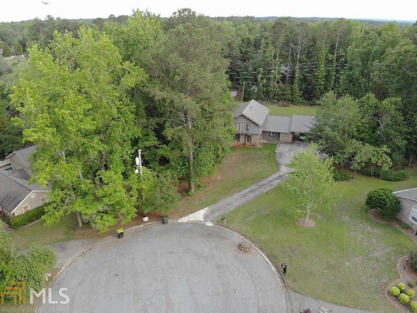 View Slide 0 for listing 8790230