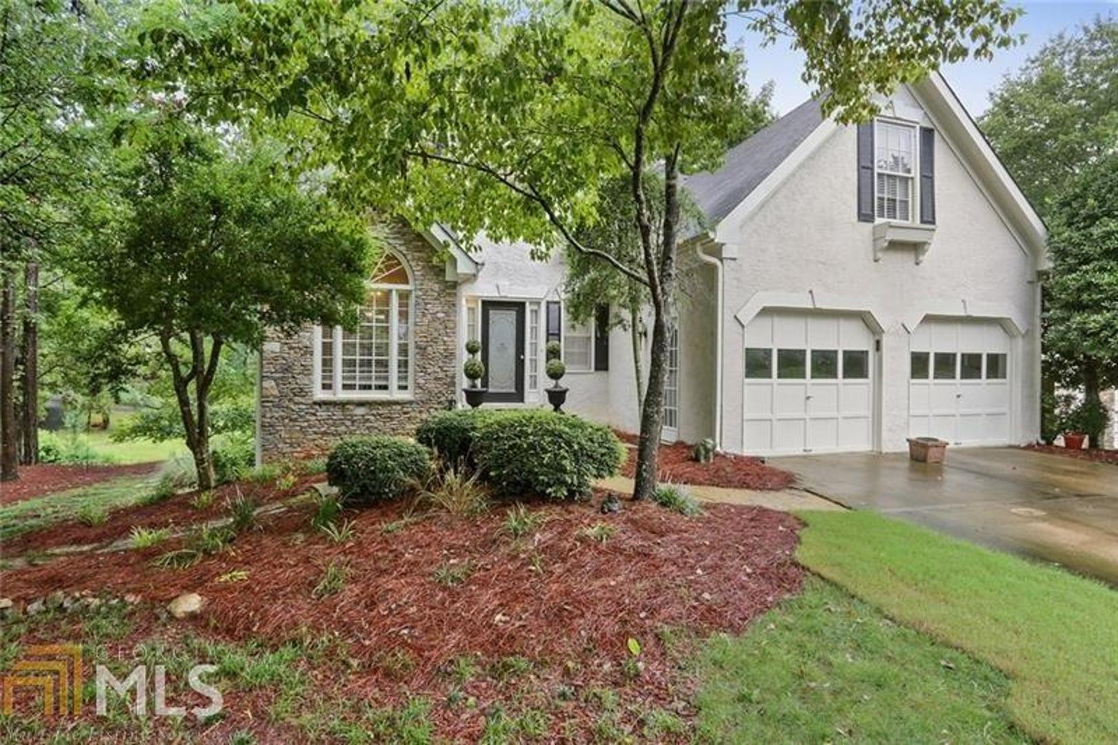 View Slide 0 for listing 8429257