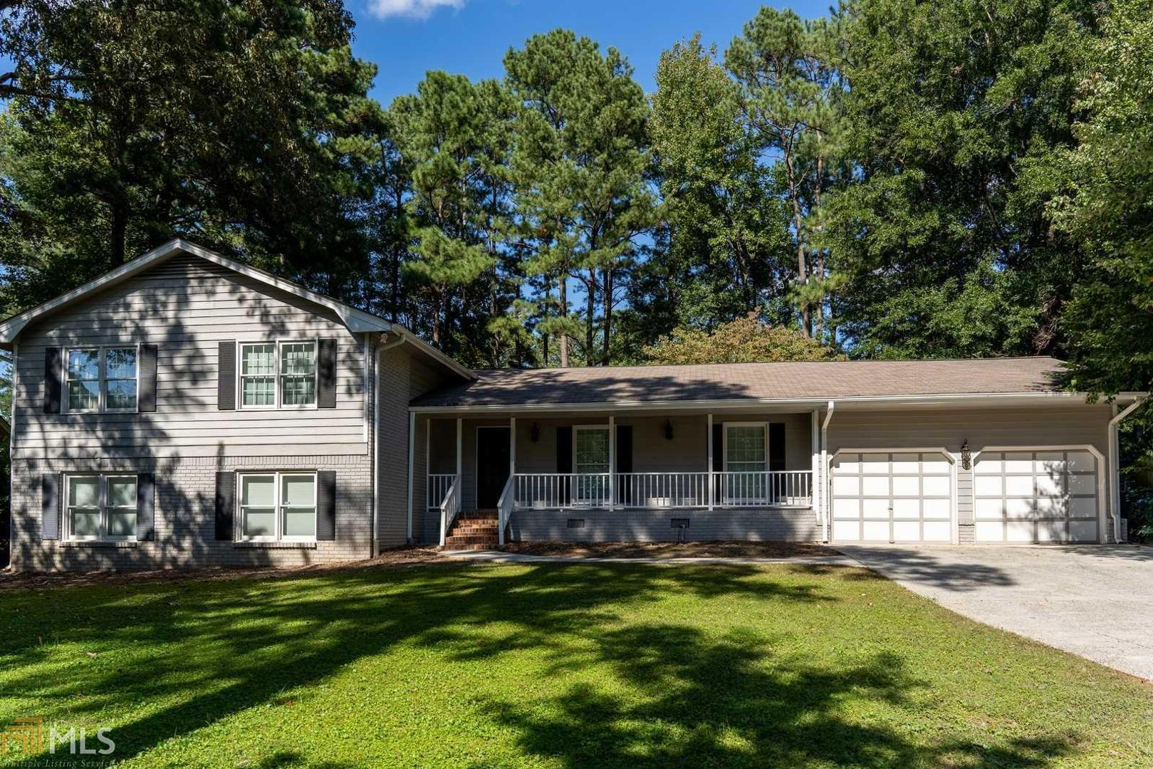 View Slide 0 for listing 8890913