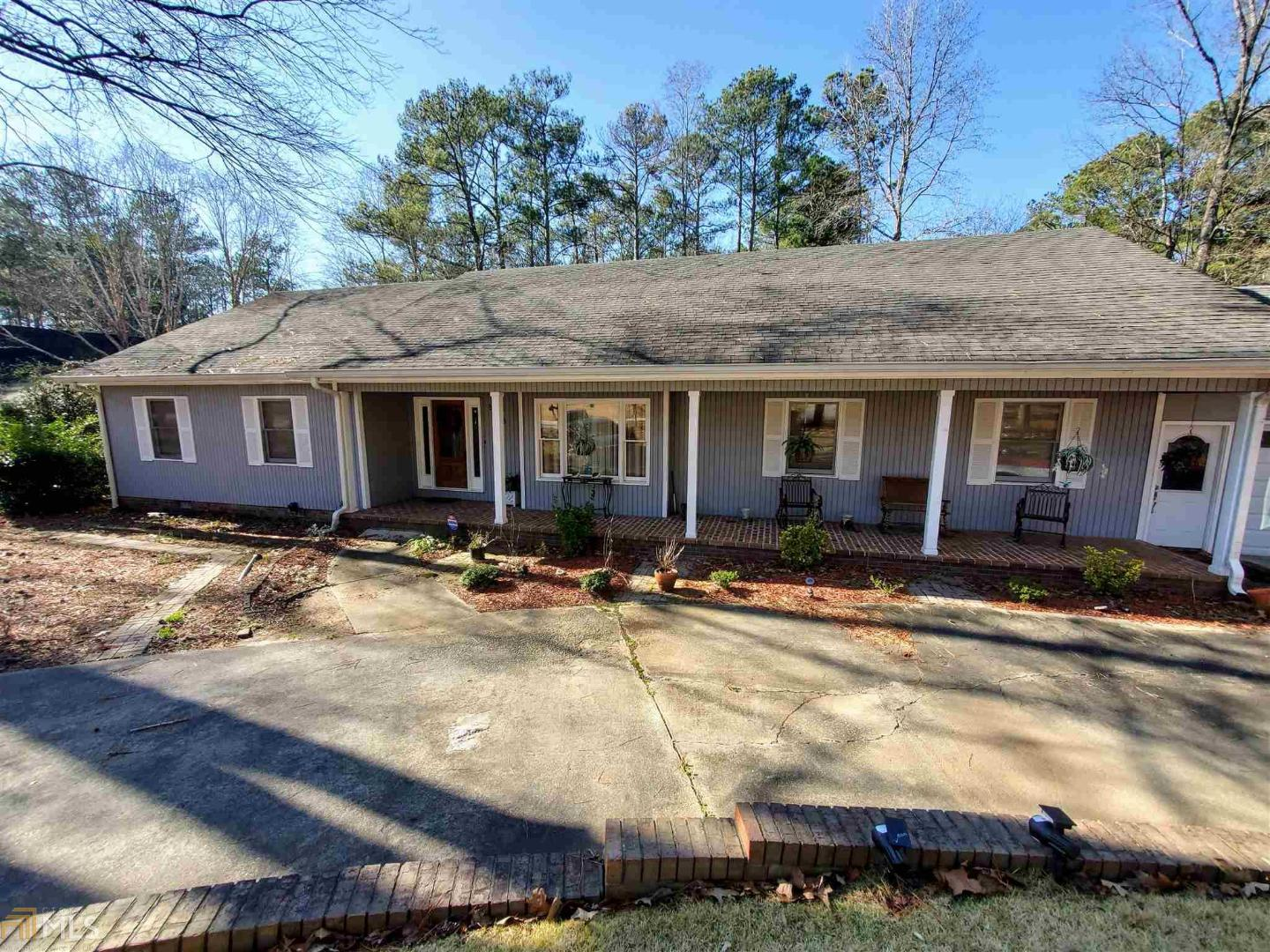 View Slide 0 for listing 8723627