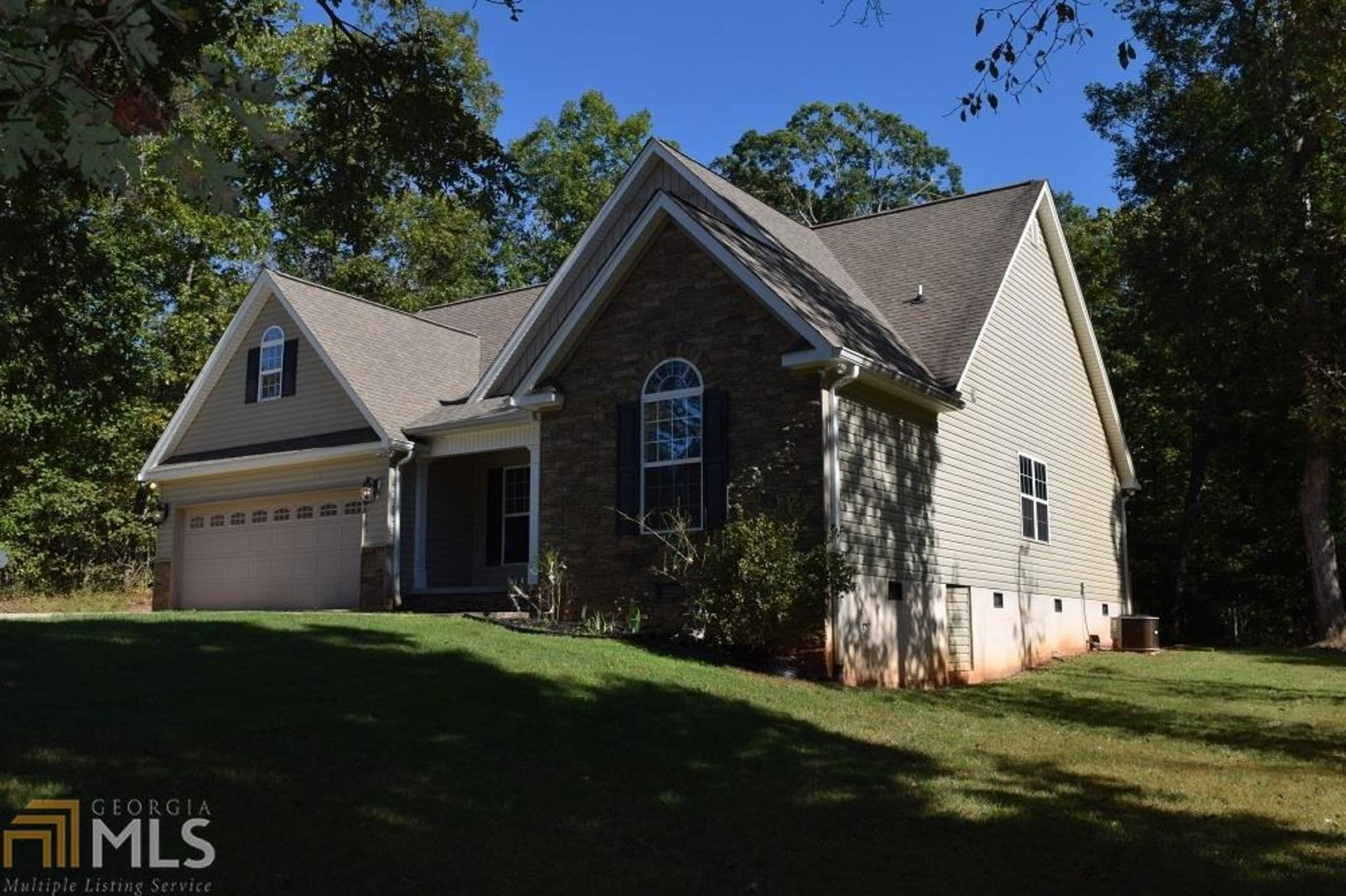 View Slide 0 for listing 8467833
