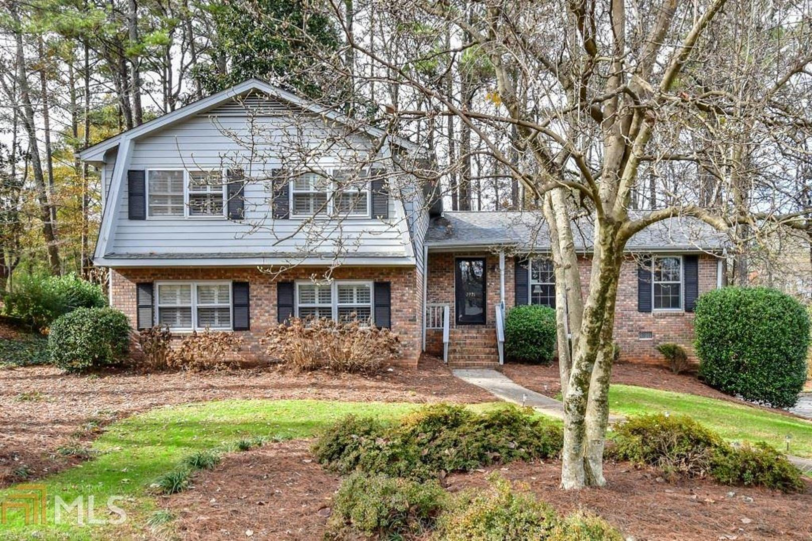 View Slide 0 for listing 8494025