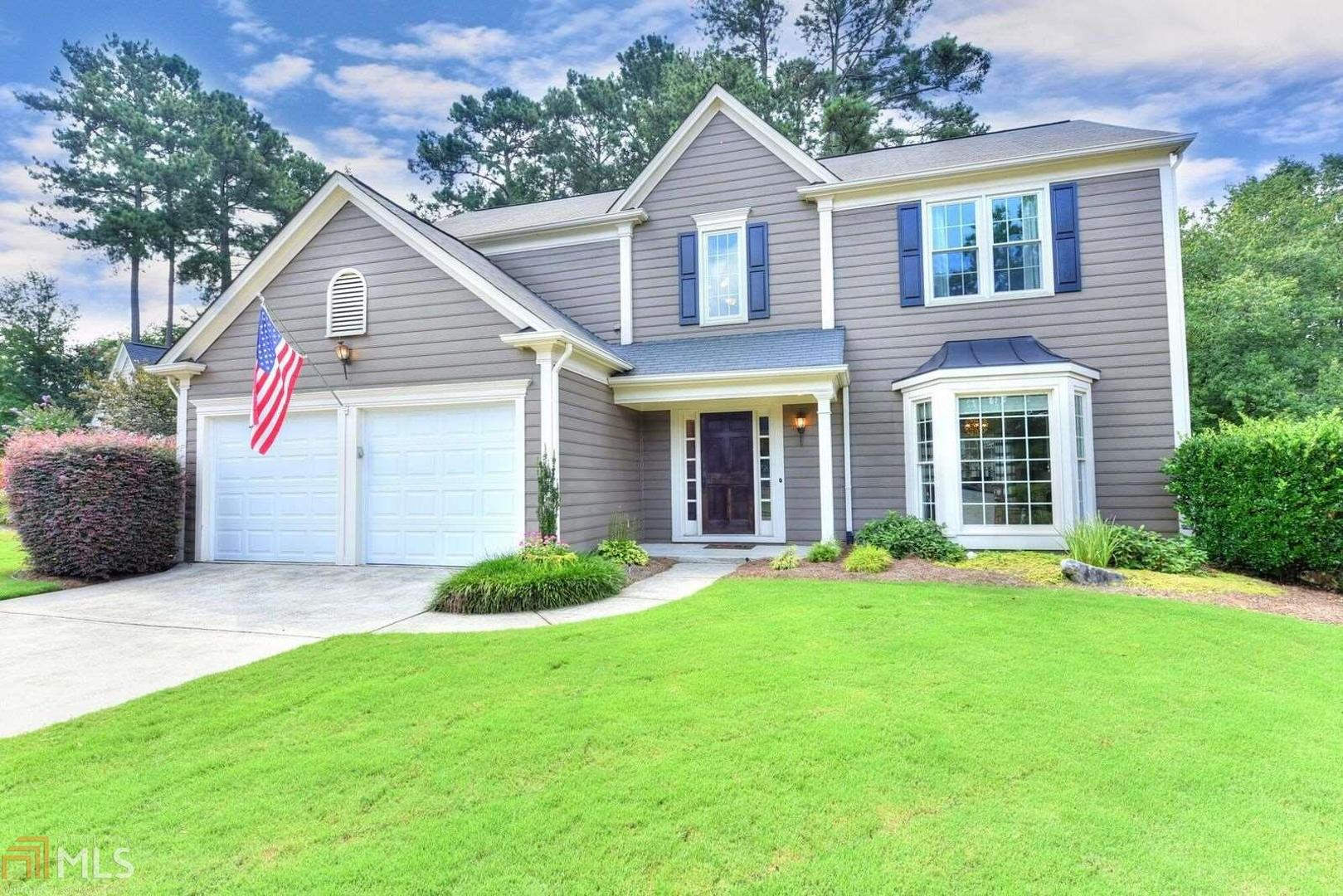 View Slide 0 for listing 8443017