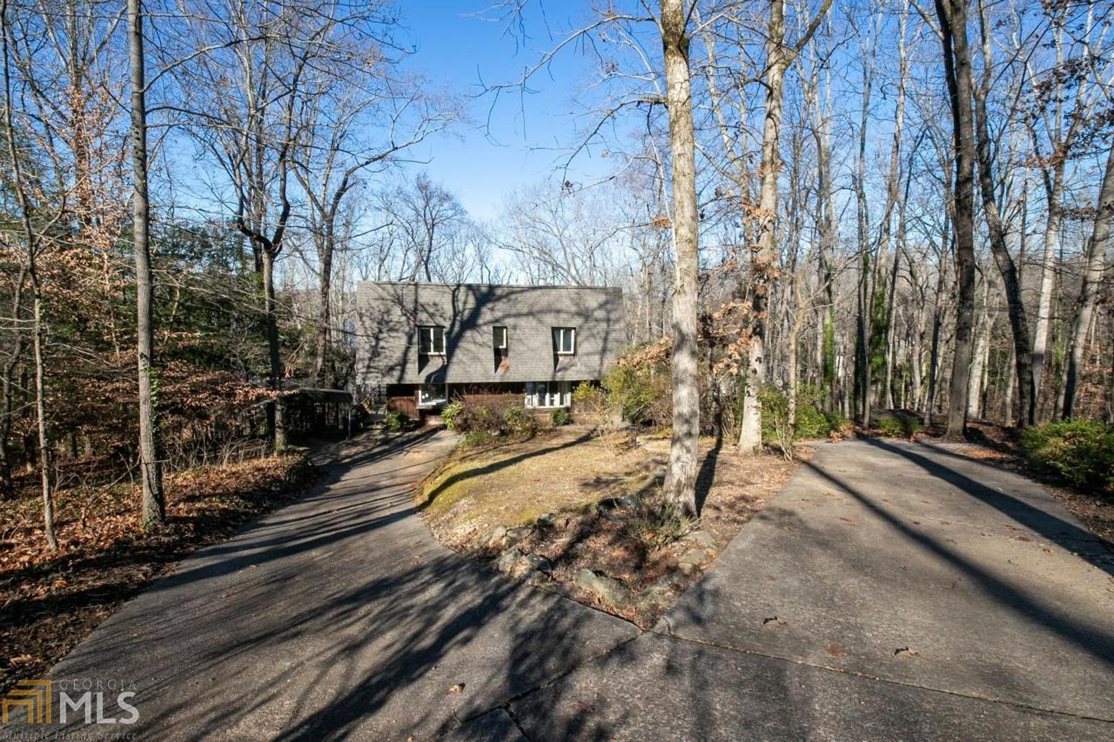 View Slide 0 for listing 8713467