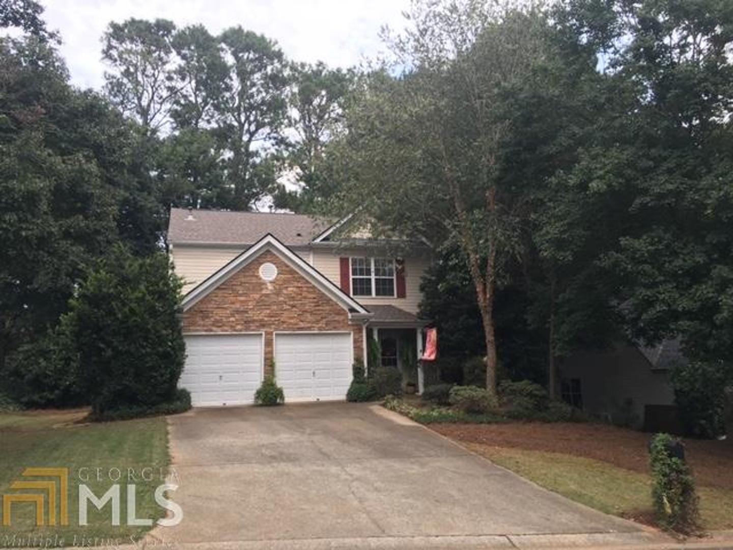 View Slide 0 for listing 8882657