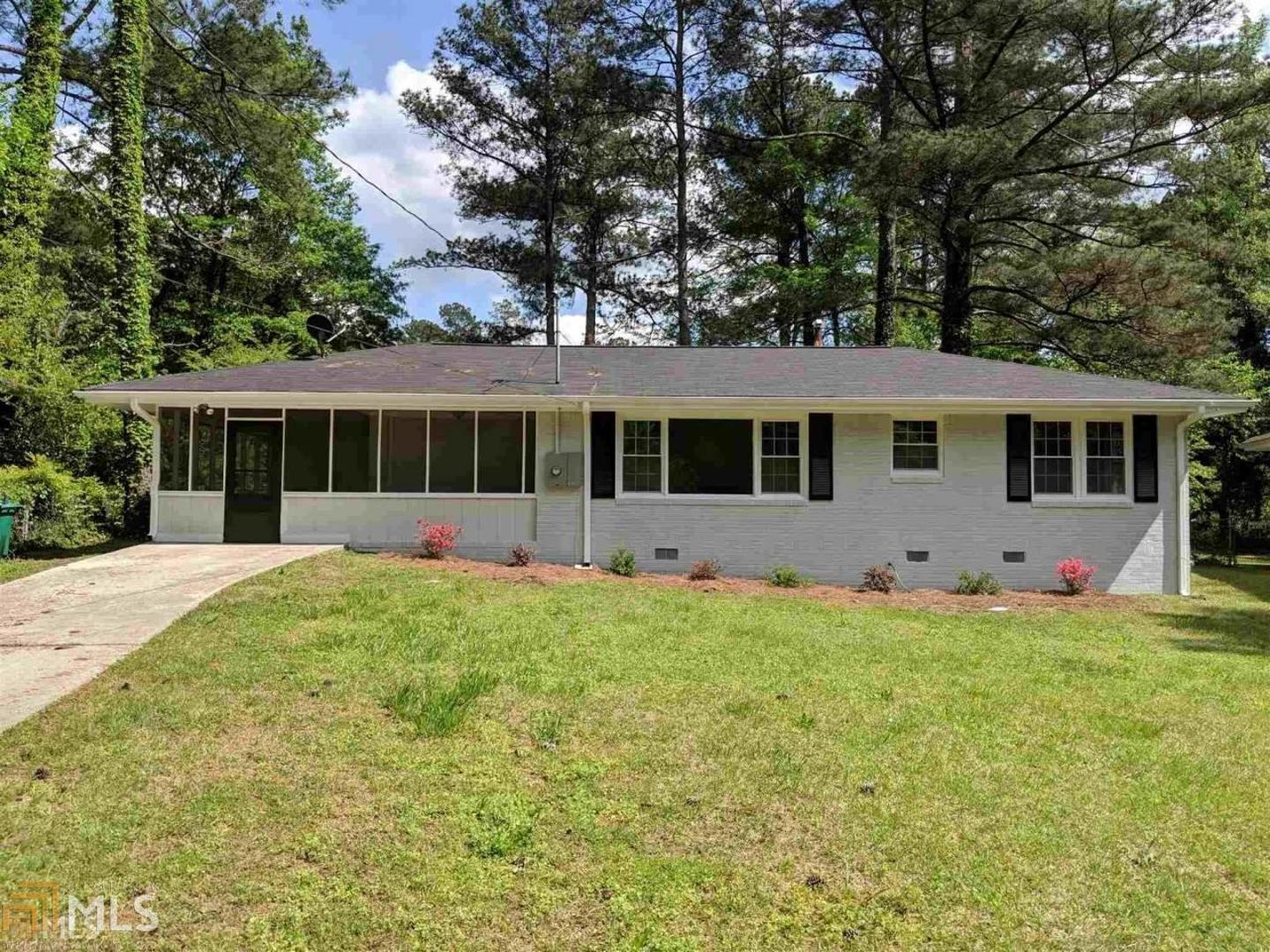 View Slide 0 for listing 8643263