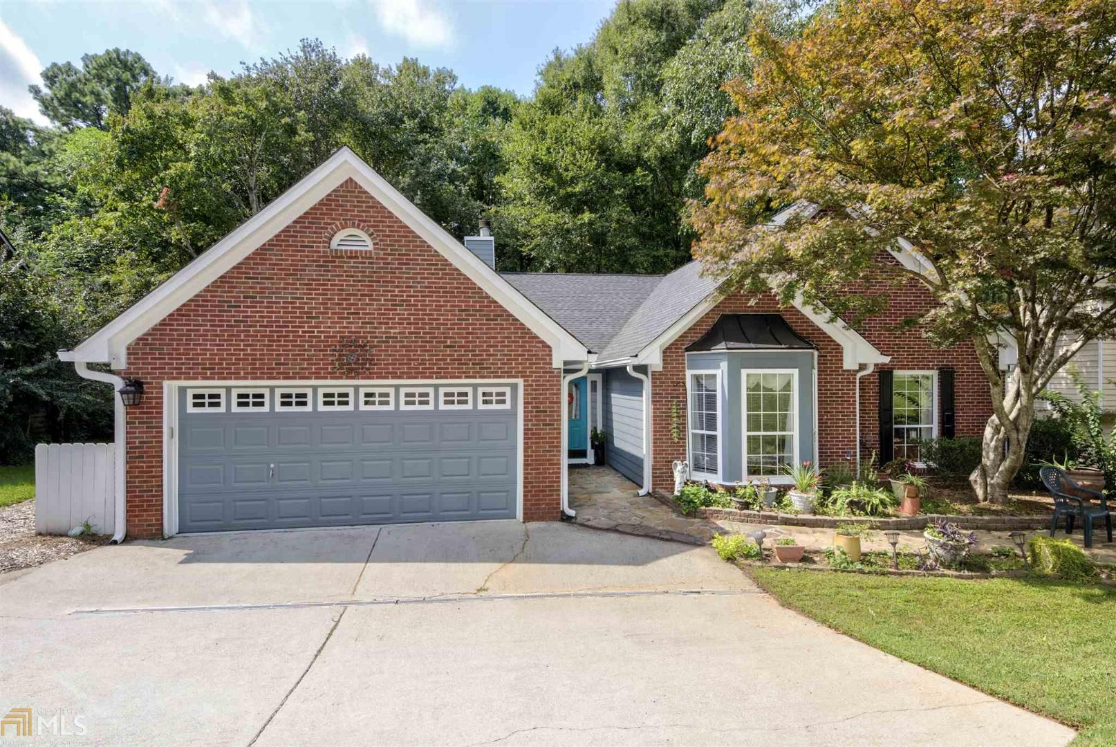 View Slide 0 for listing 8864214