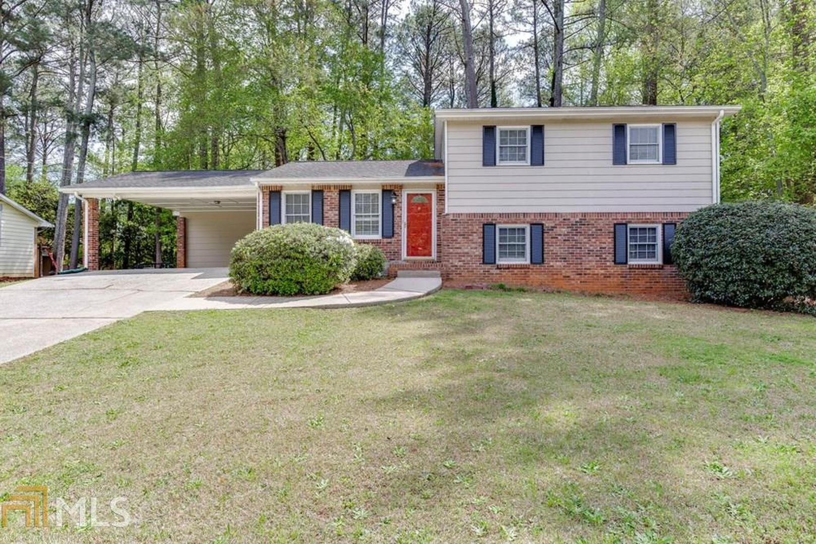 View Slide 0 for listing 8765033