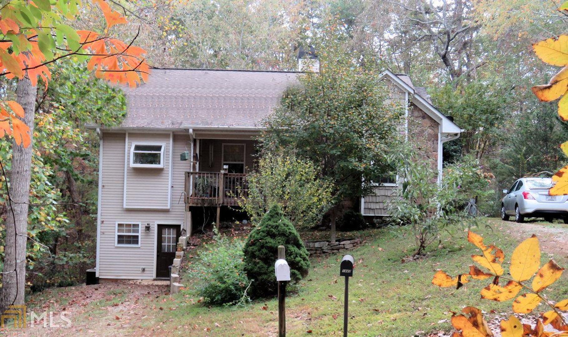 View Slide 0 for listing 8881111