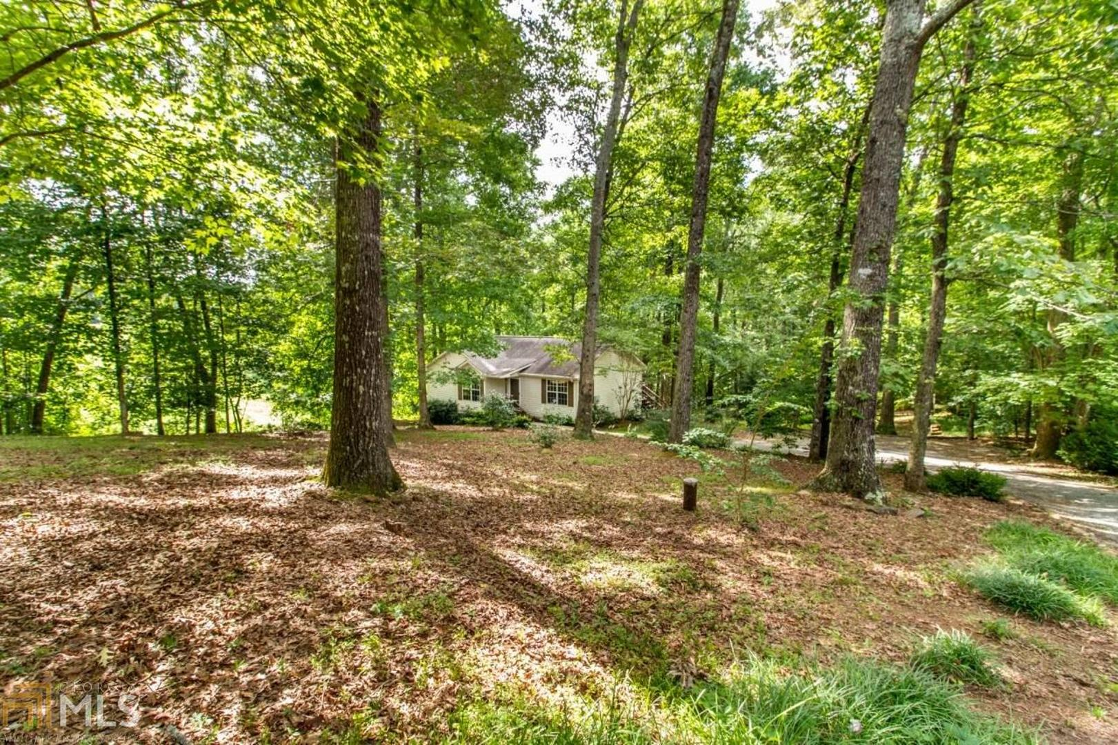 View Slide 0 for listing 8818983