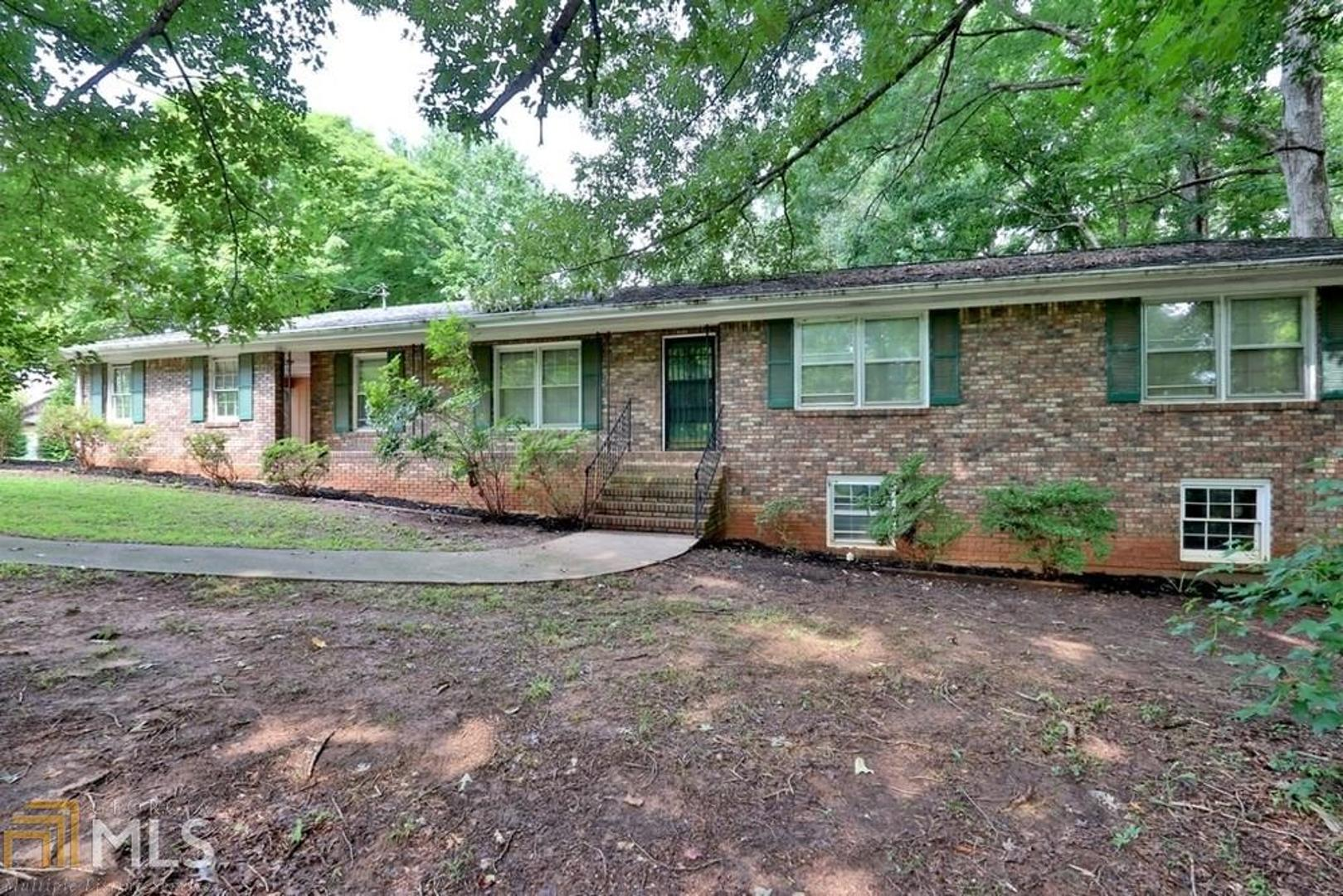 View Slide 0 for listing 8428852