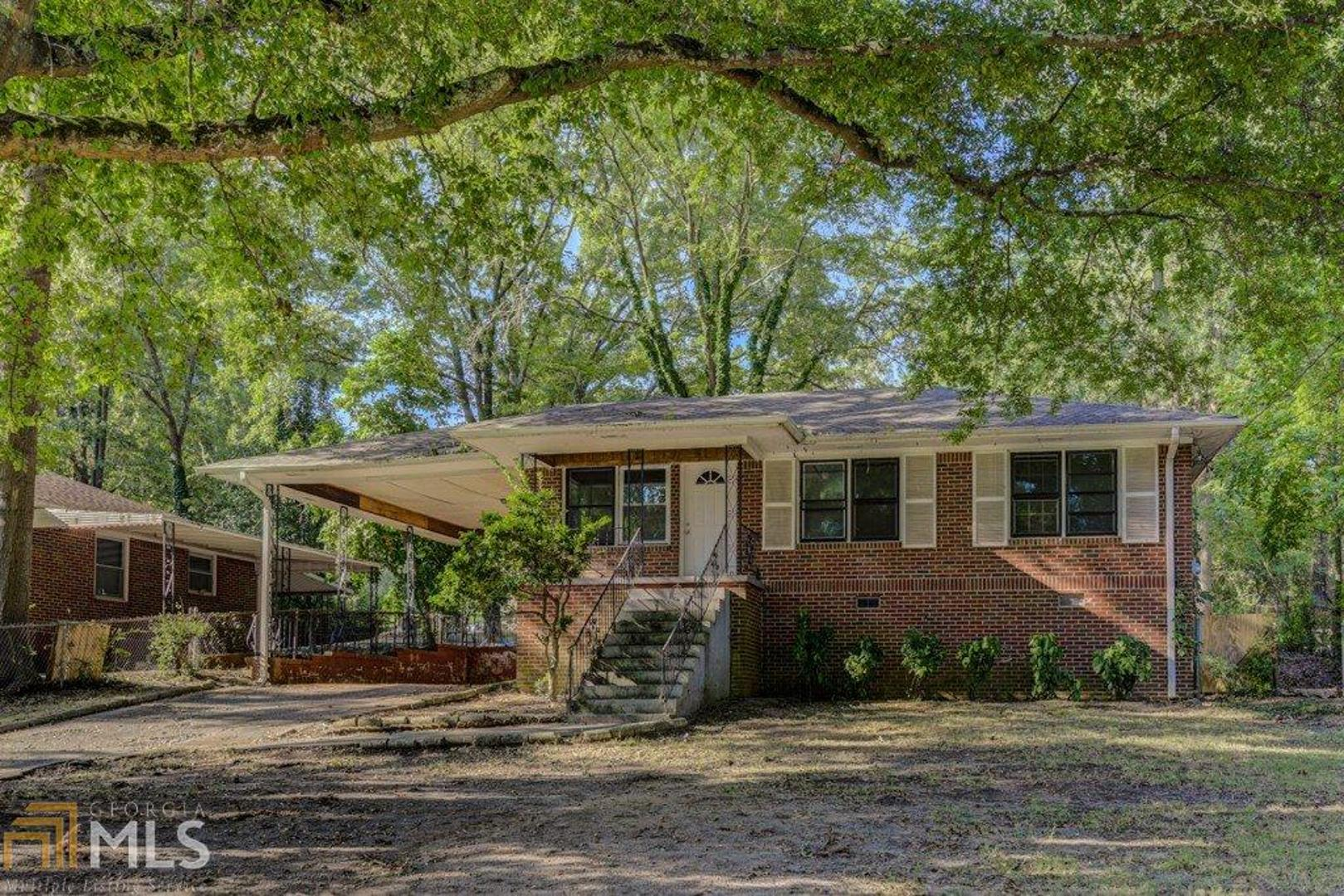 View Slide 0 for listing 8658357