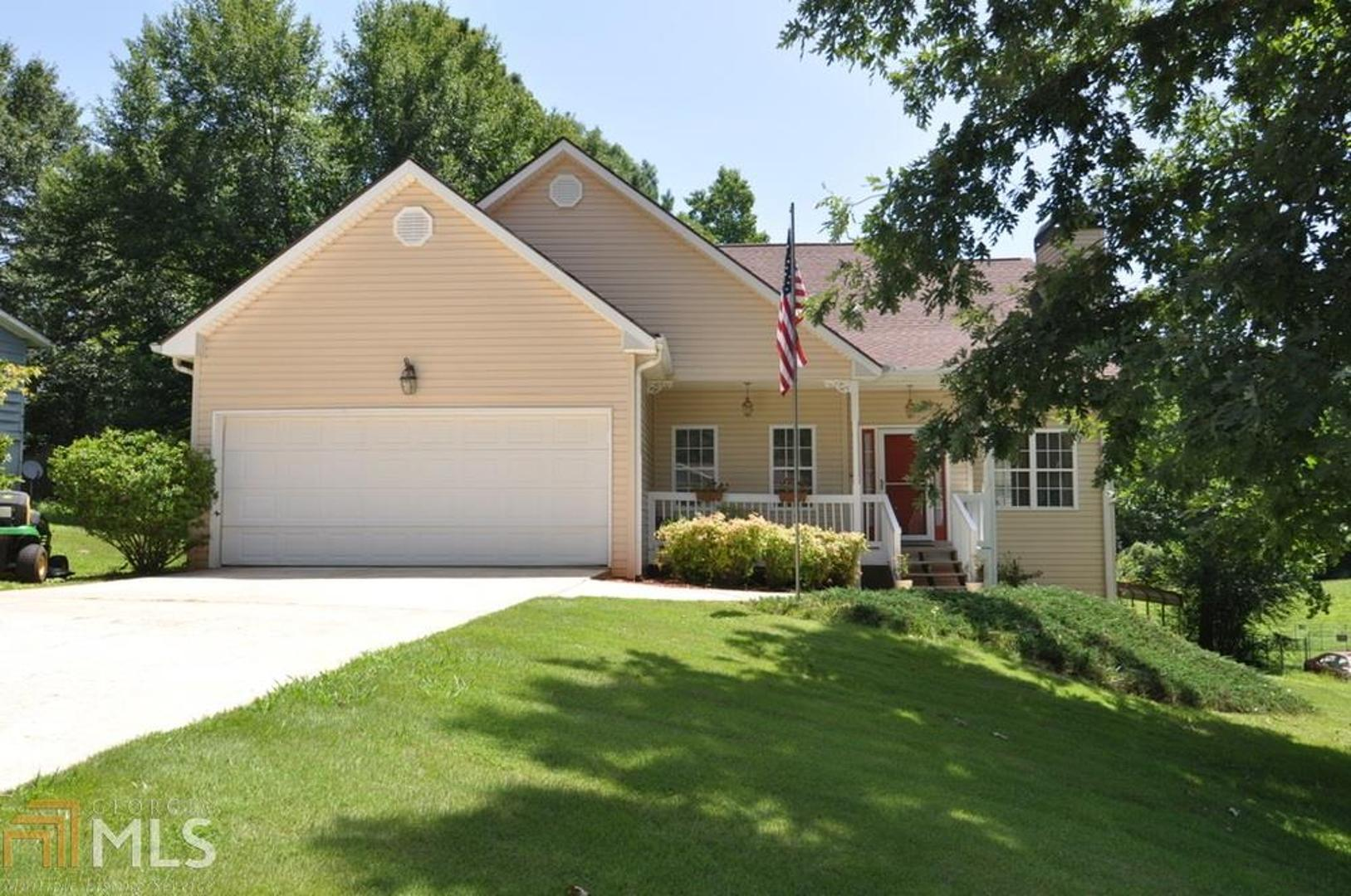 View Slide 0 for listing 8627208