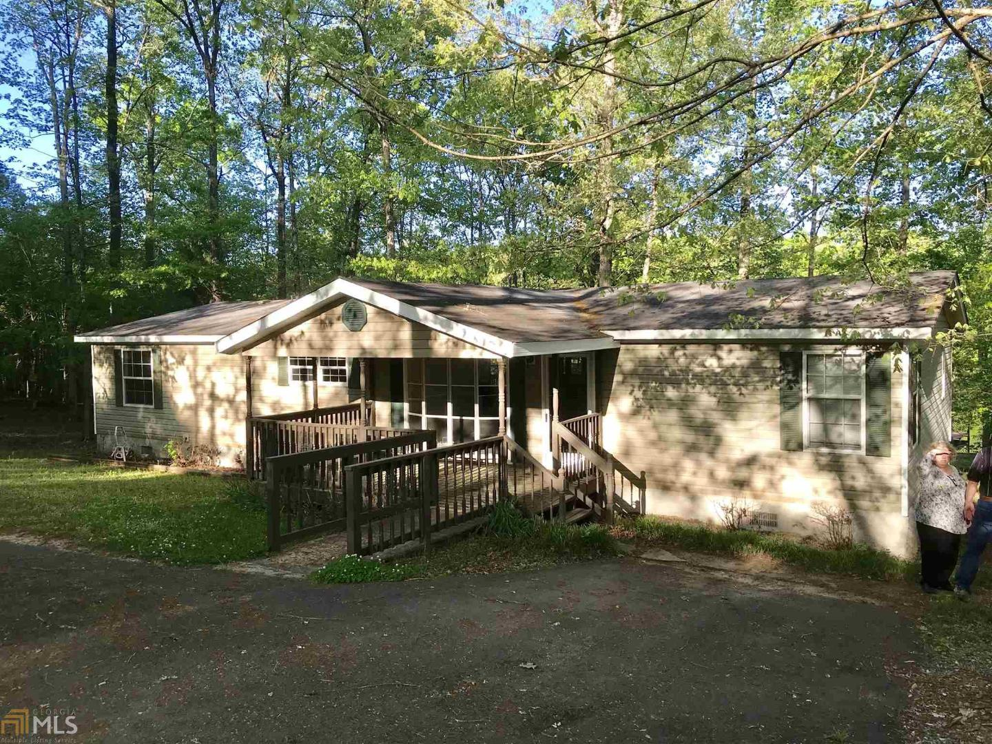 View Slide 0 for listing 8702381