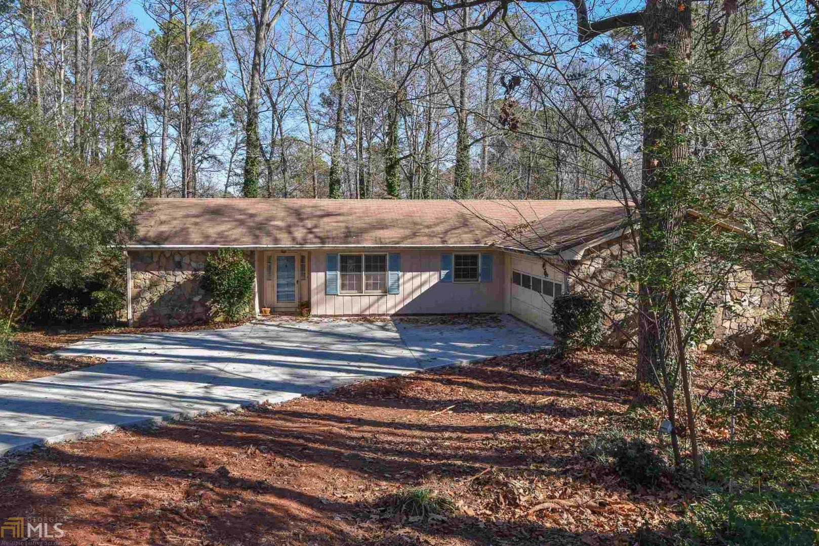 View Slide 0 for listing 8706901