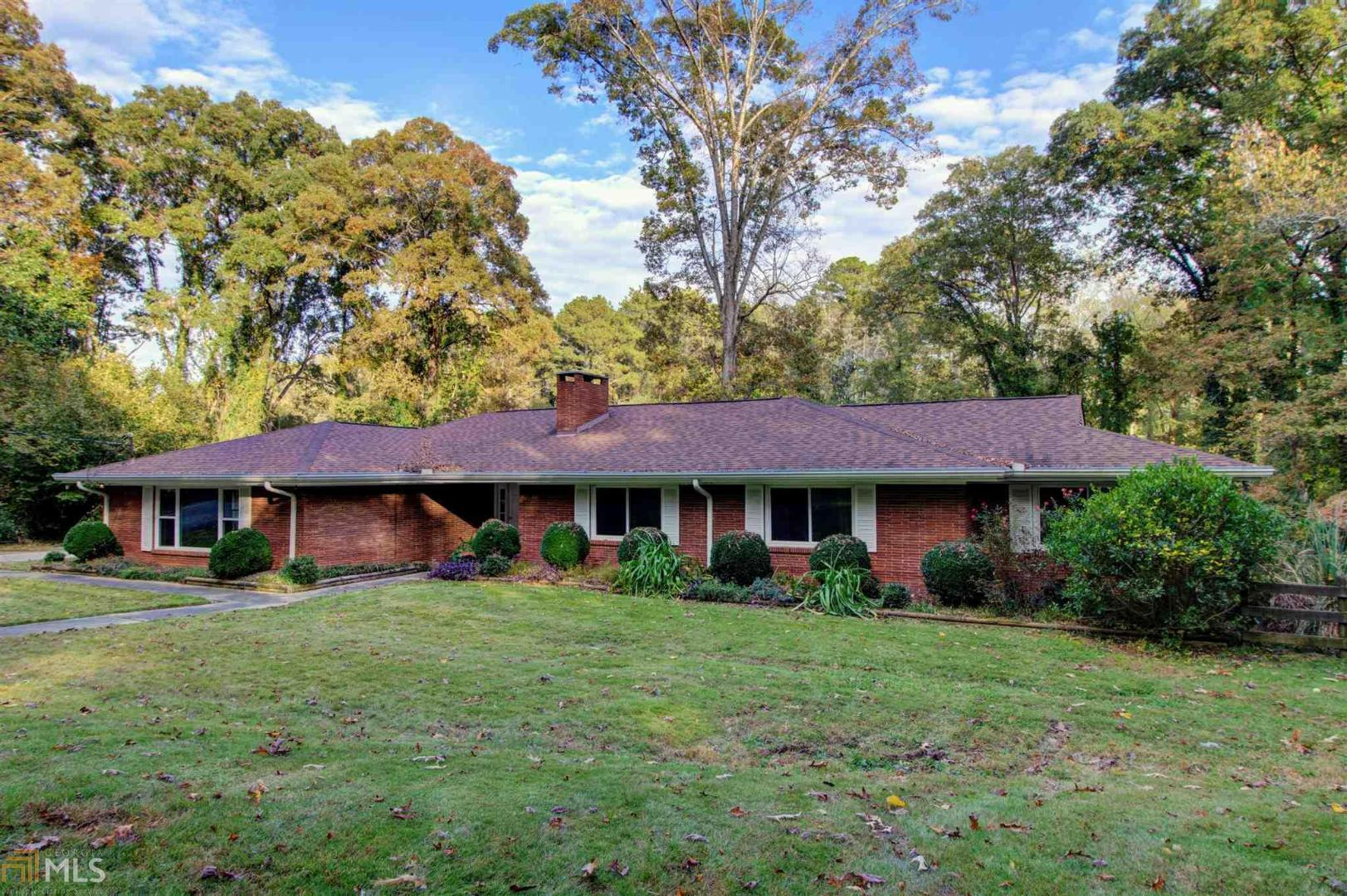 View Slide 0 for listing 8488176