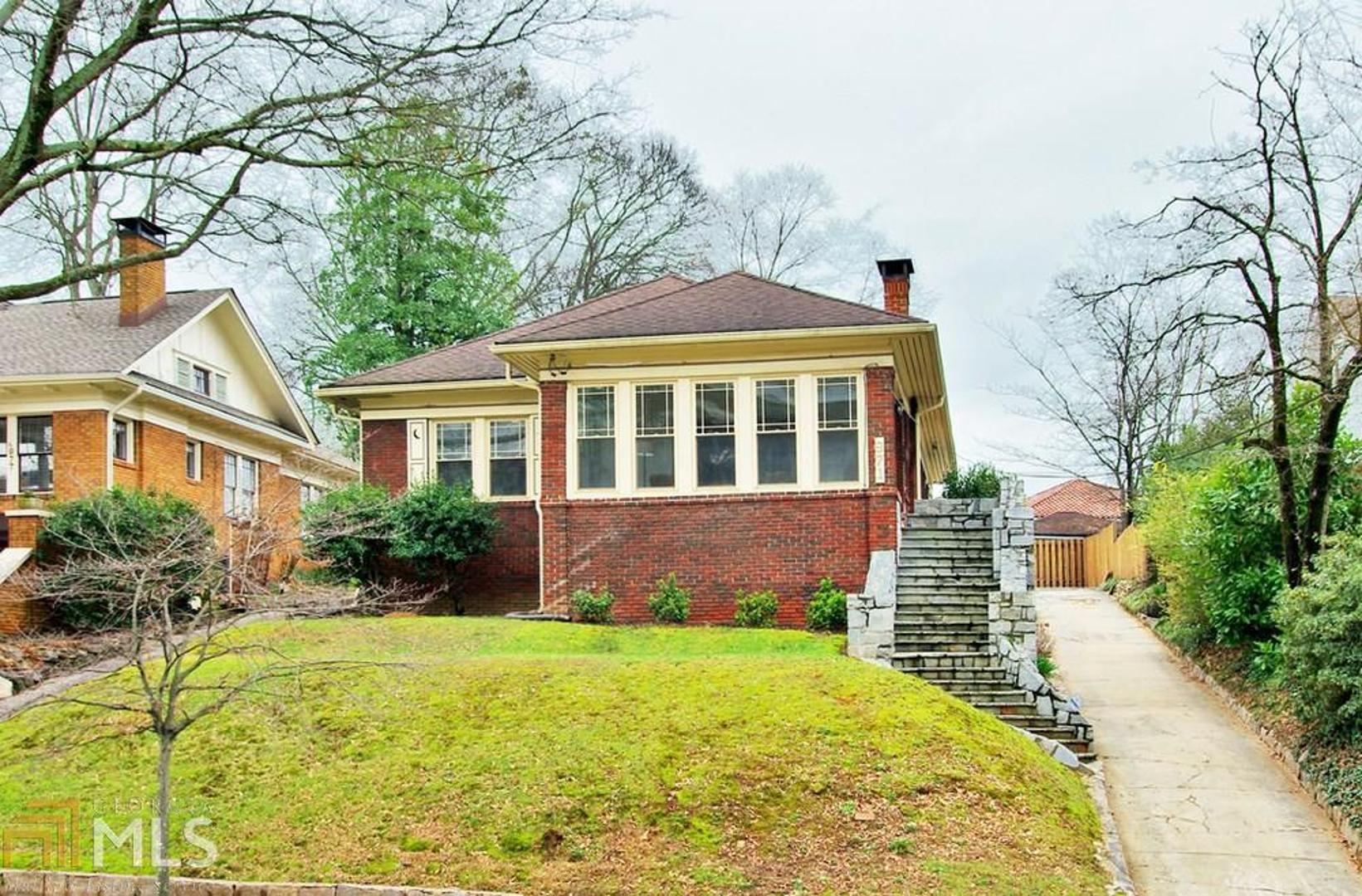 View Slide 0 for listing 8739631