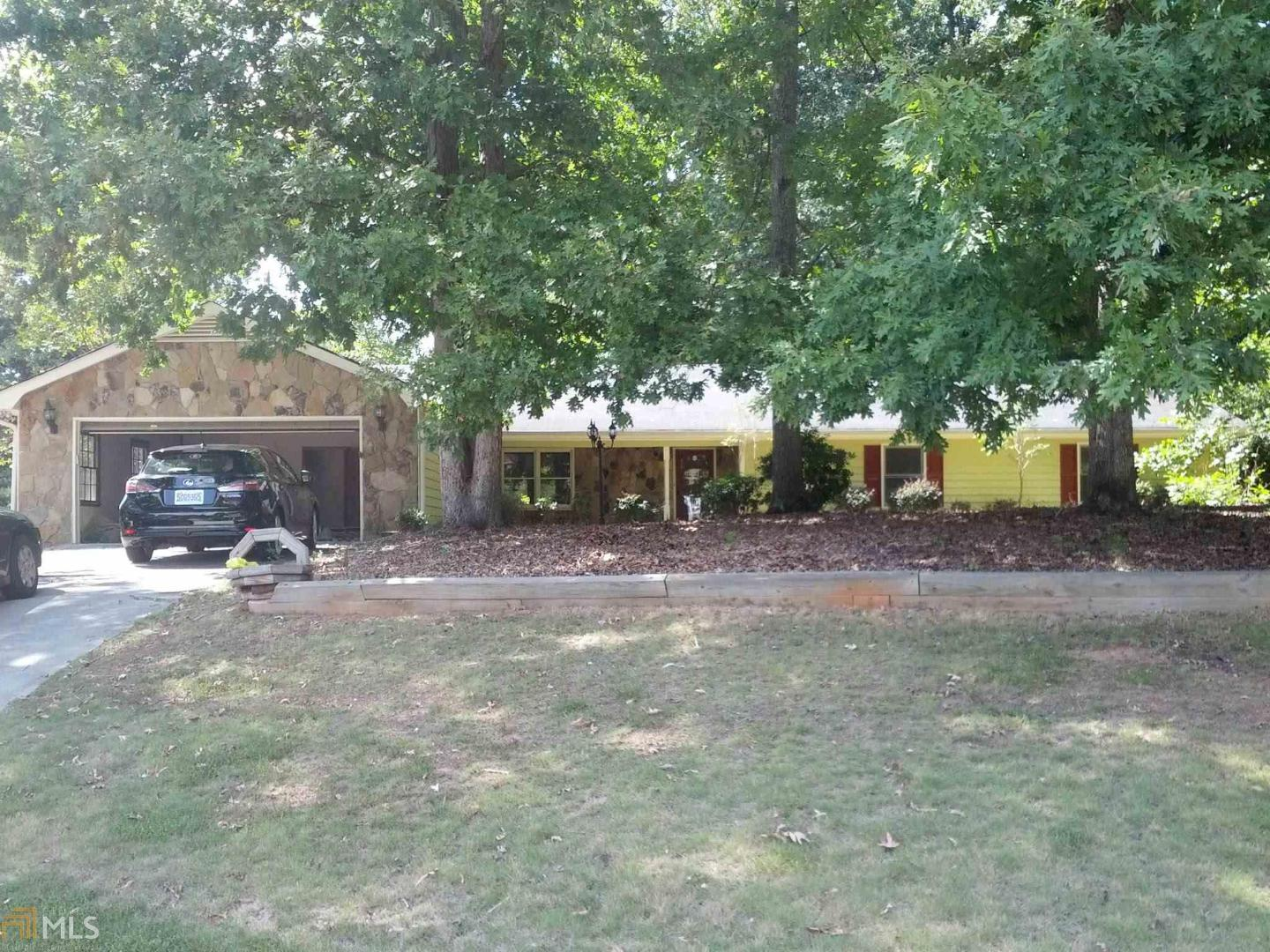 View Slide 0 for listing 8650277