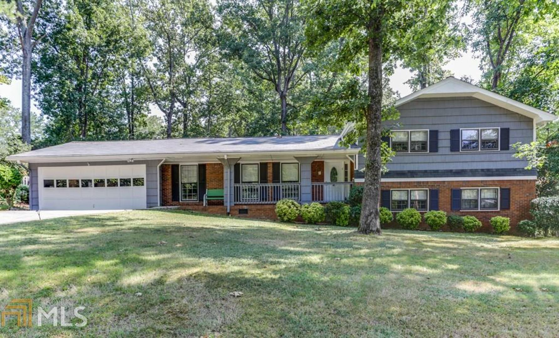 View Slide 0 for listing 8657045