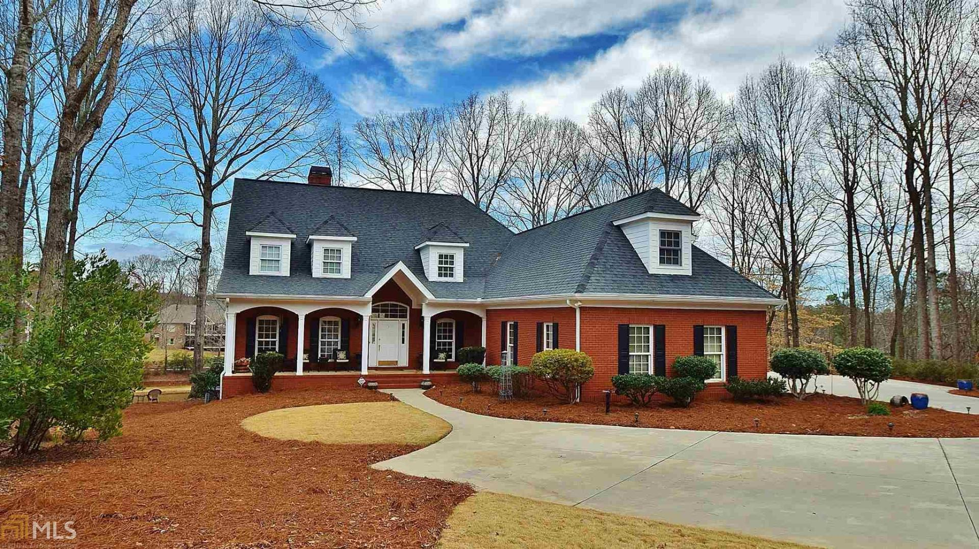 View Slide 0 for listing 8743000