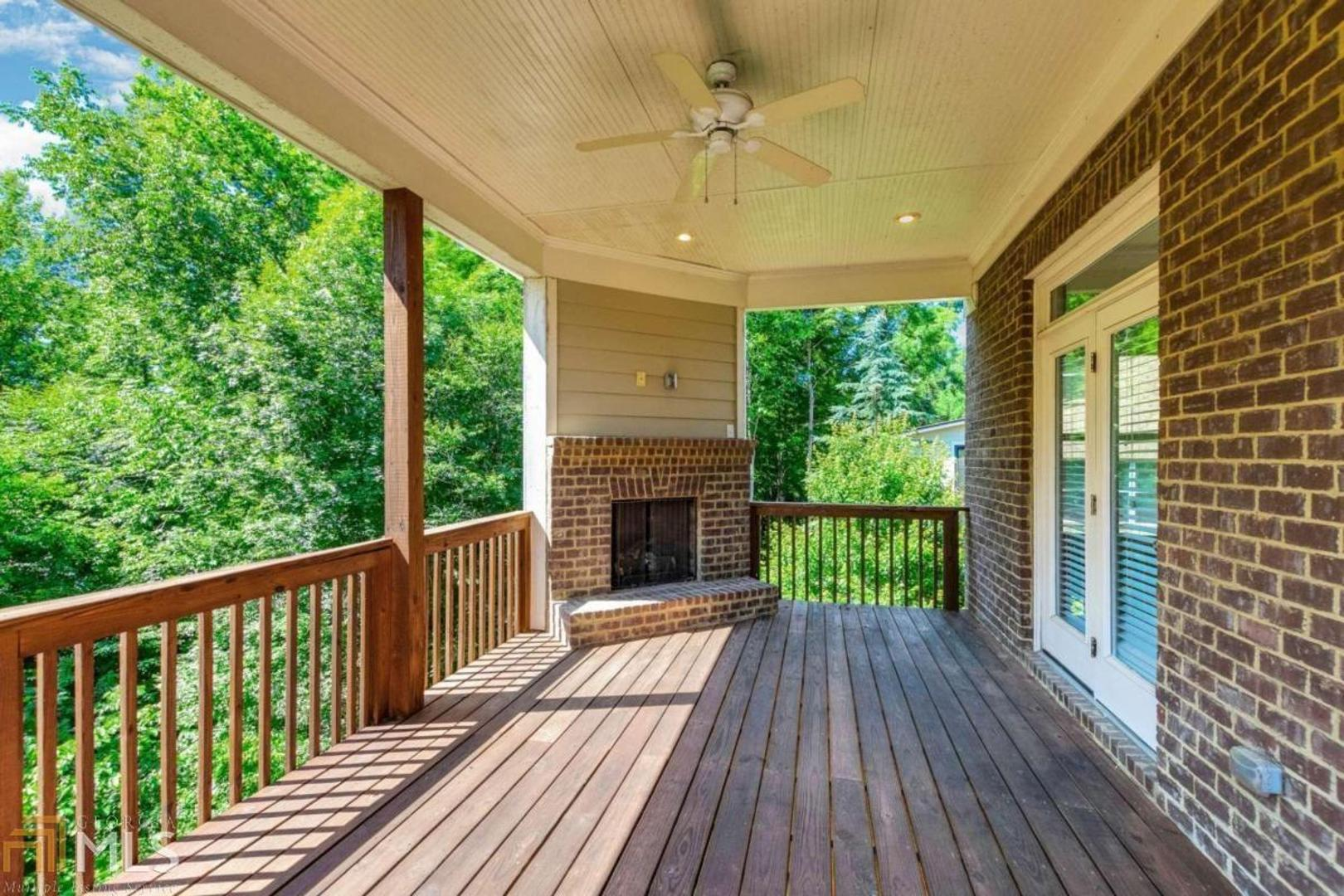 View Slide 13 for listing 8990231