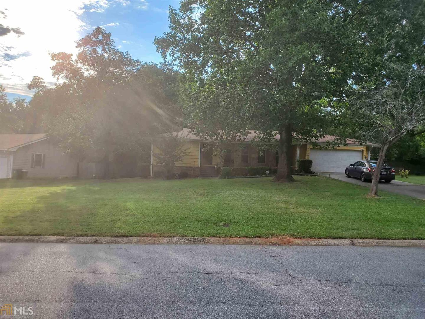 View Slide 0 for listing 8833249