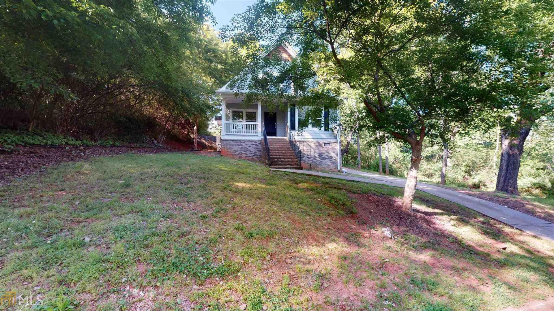 View Slide 0 for listing 8881805
