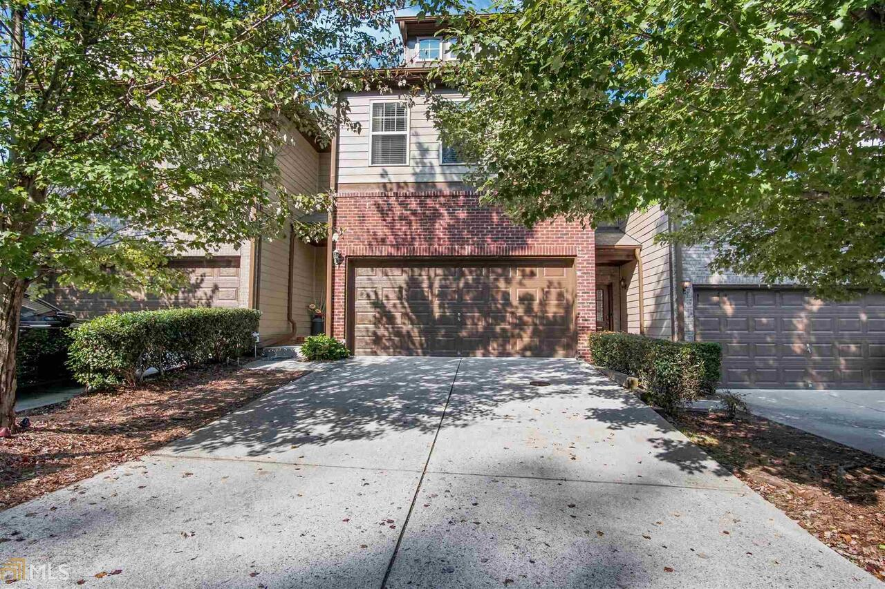 View Slide 0 for listing 8674917