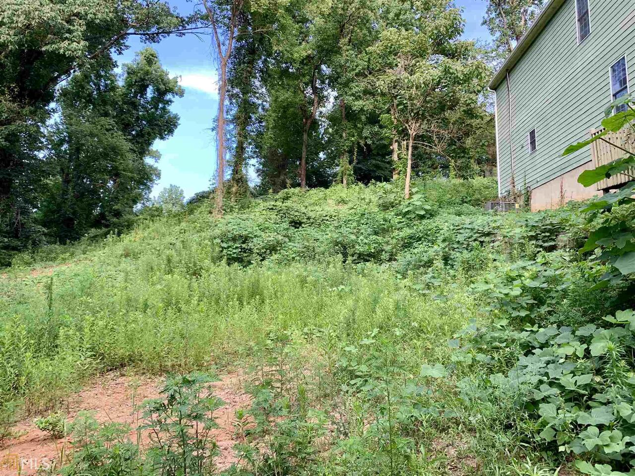 View Slide 0 for listing 8616271