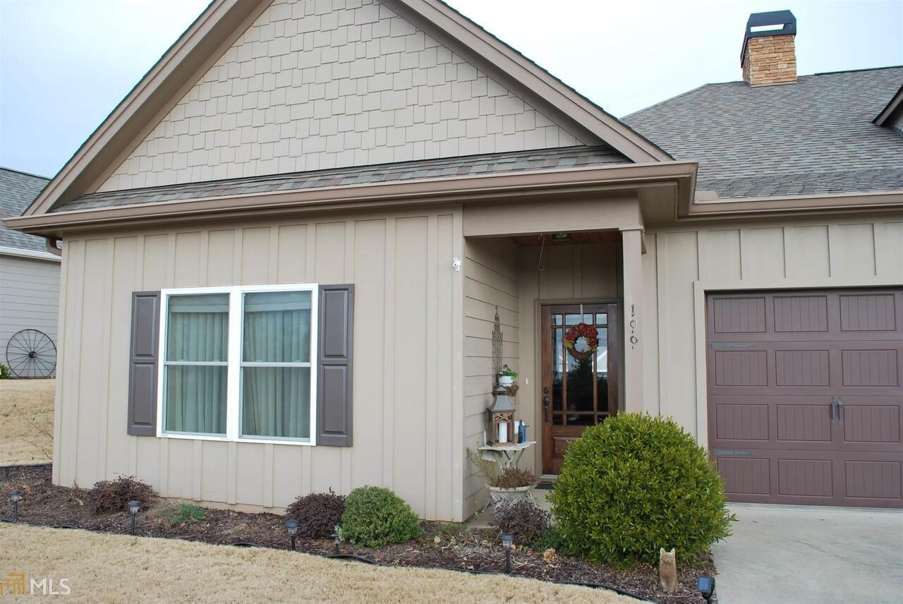 View Slide 0 for listing 8510970