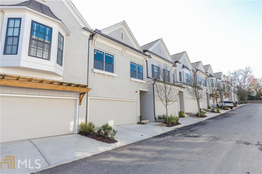 View Slide 0 for listing 8463059