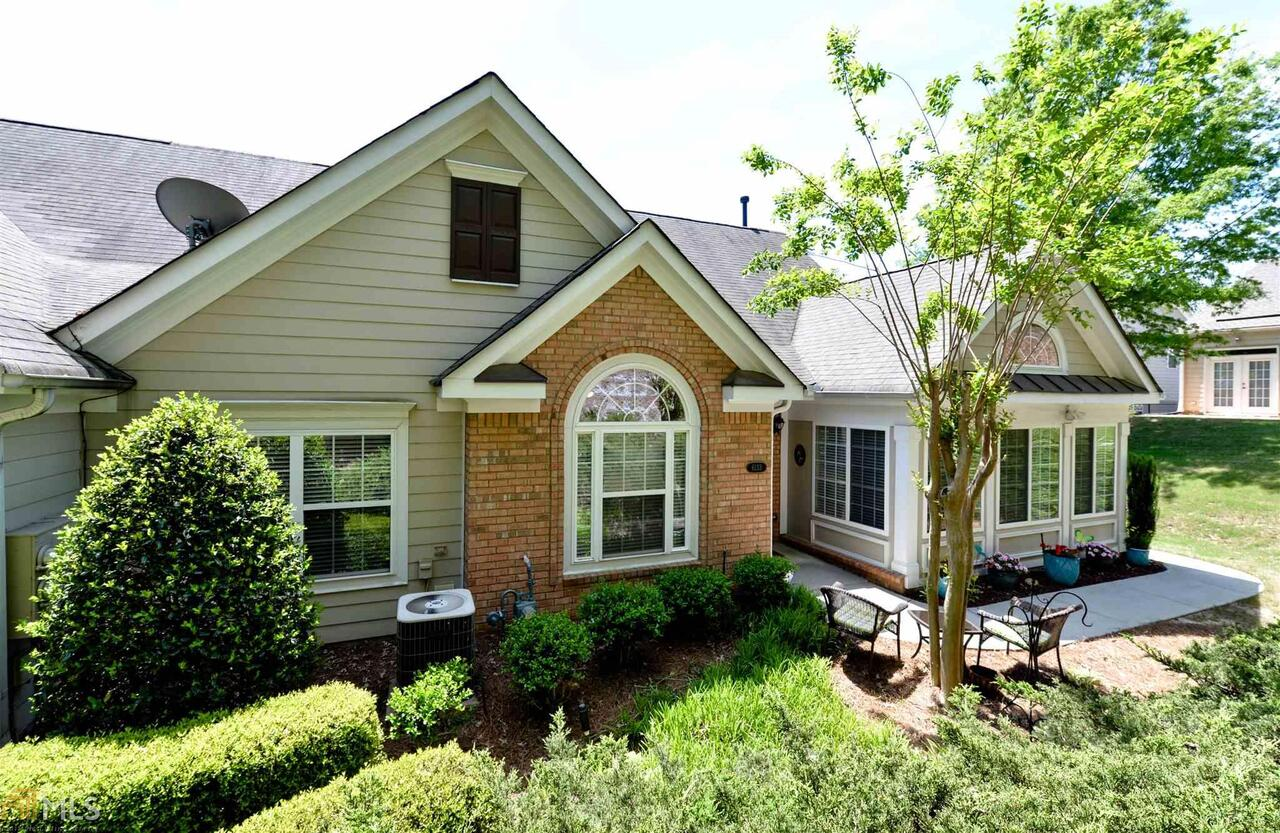 View Slide 0 for listing 8575693
