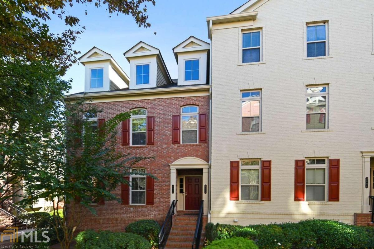 View Slide 0 for listing 8883256