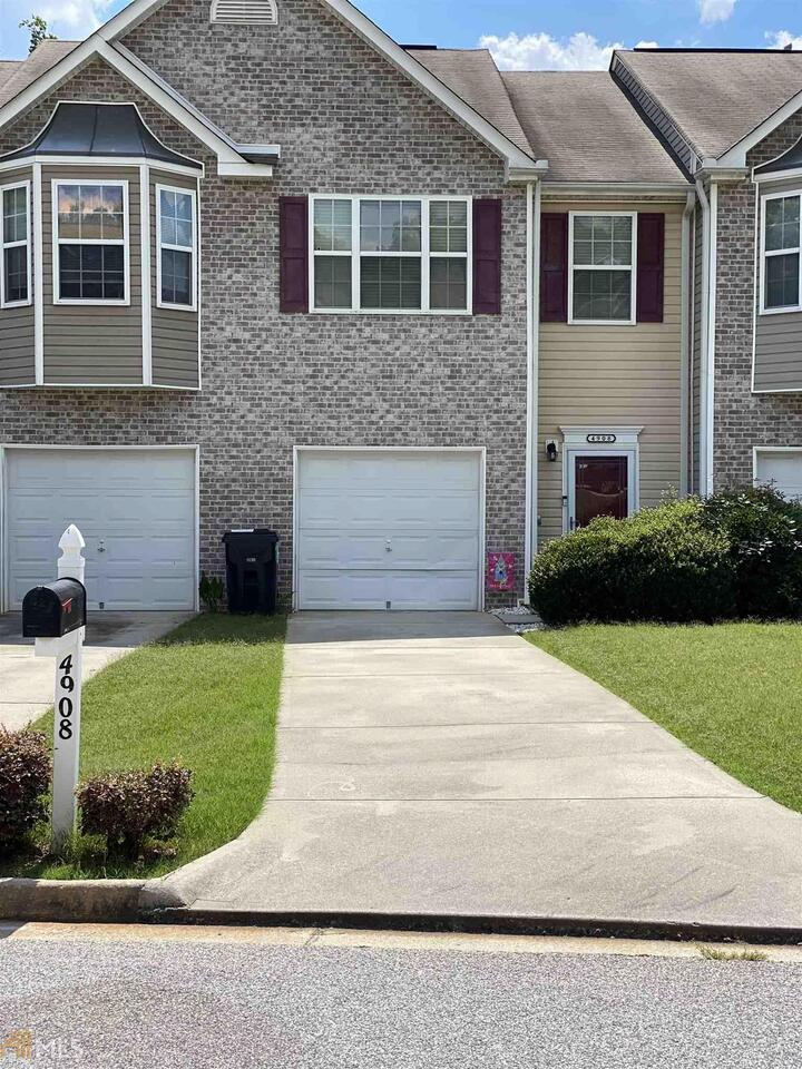 View Slide 0 for listing 8804061