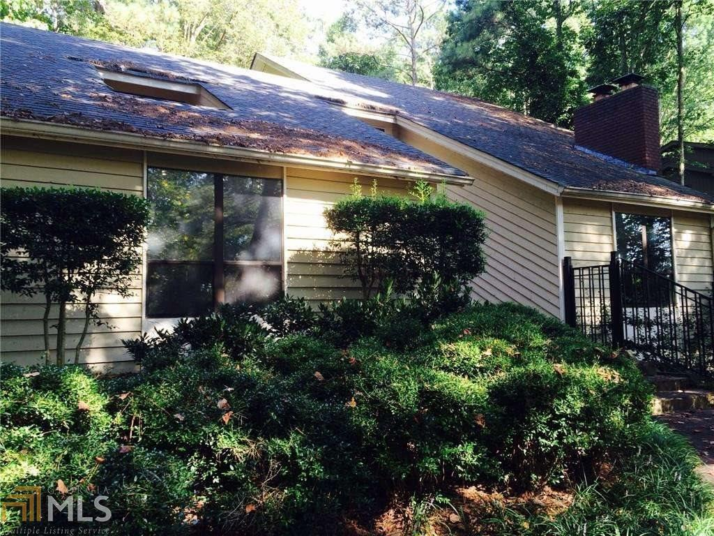 View Slide 0 for listing 8827828
