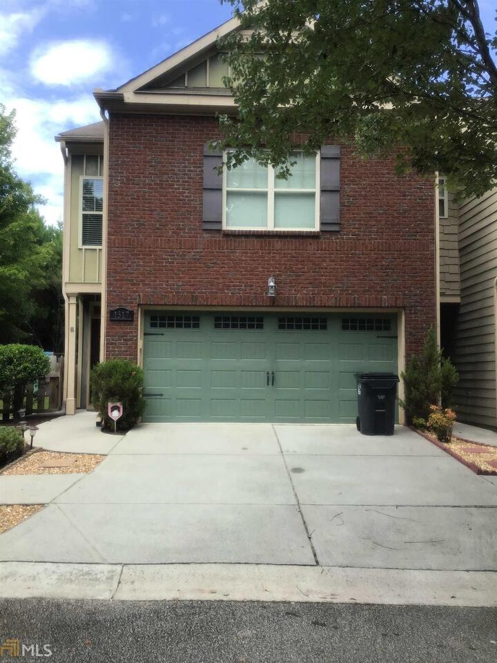 View Slide 0 for listing 8830897