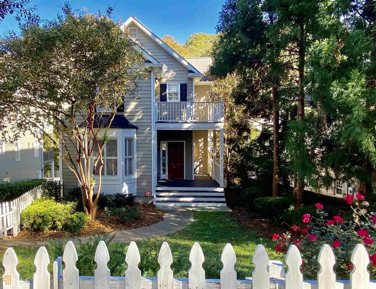 View Slide 0 for listing 8860639