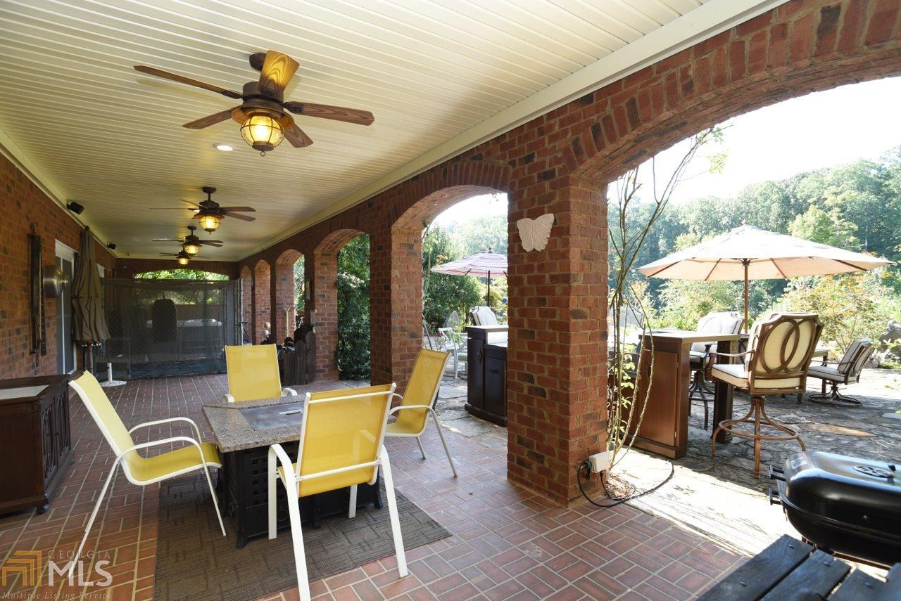 View Slide 29 for listing 8644810