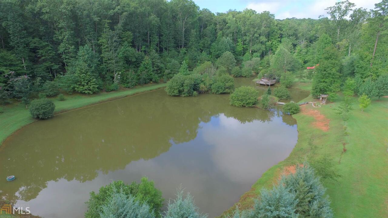 View Slide 49 for listing 8644810