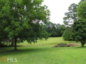 View Slide 12 for listing 8935123