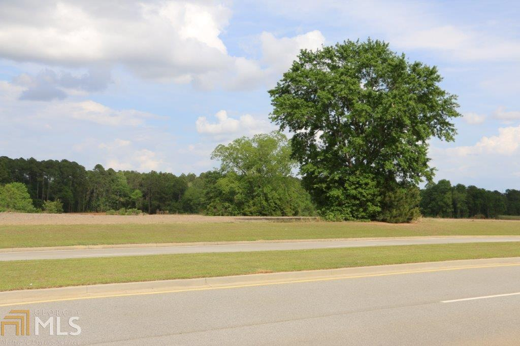 View Slide 11 for listing 8176030