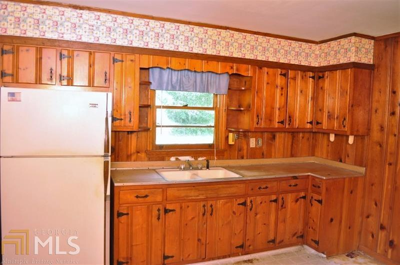 View Slide 10 for listing 8919929