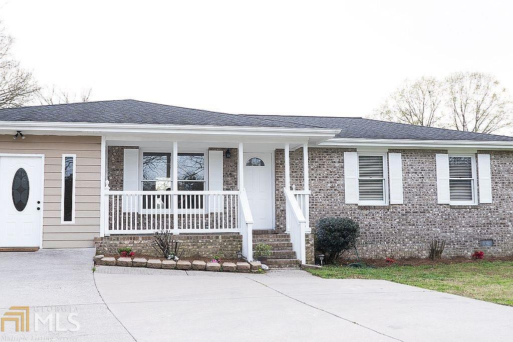 View Slide 1 for listing 8957496