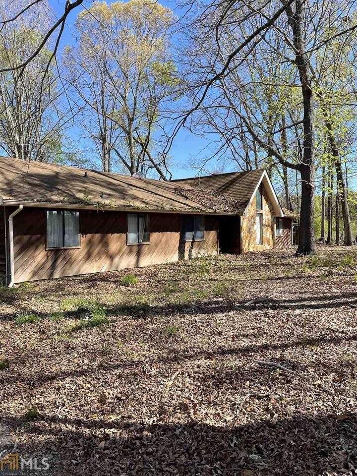 View Slide 14 for listing 8965765