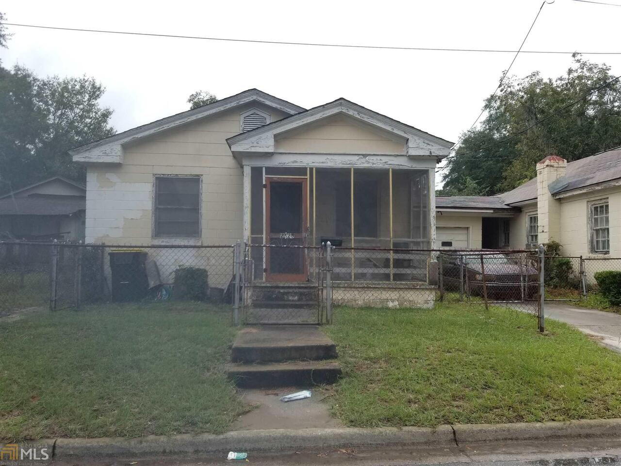 View Slide 0 for listing 8884984