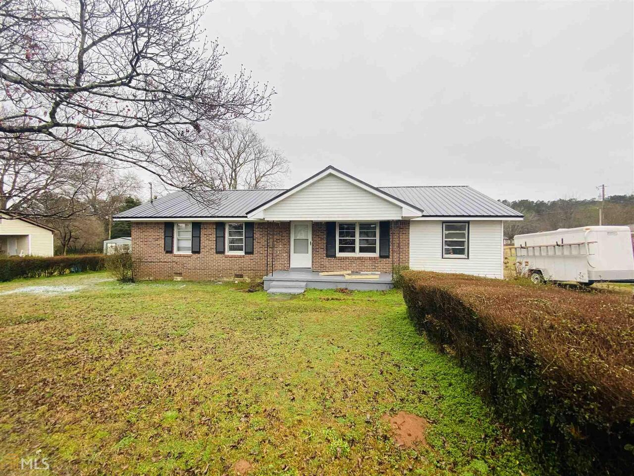 View Slide 0 for listing 8892259